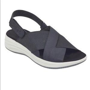 Womens Daimiel Flat Sandals